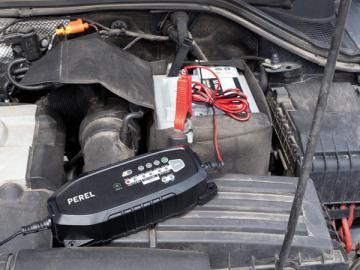Chargeur de batterie automobile intelligent